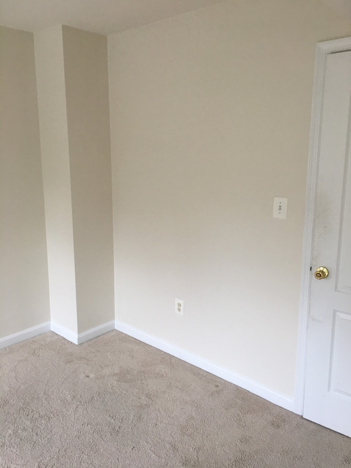 A Cream Painted Wall | Home Repair Maintenance in Fulton, MD